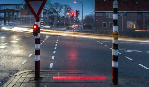 Dutch Town Put Traffic Lights On The Ground Because People Are Staring At Their Phones